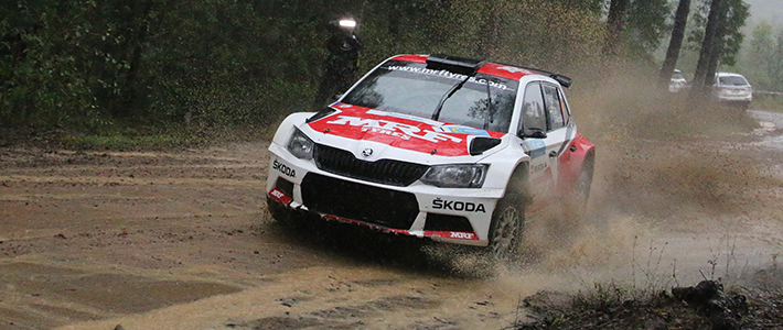 Gill masters mud in Rally of Queensland